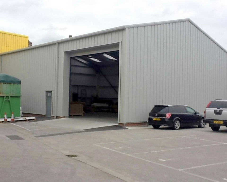 Joiners Workshop Extension installed by Springfield Steel Buildings
